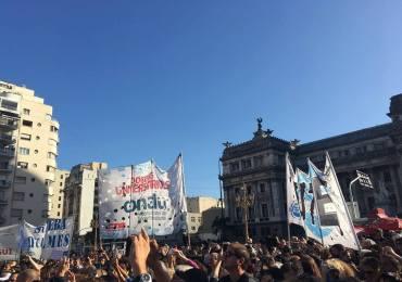 Comunidad universitaria va a paro en Argentina