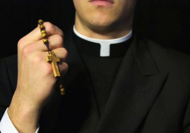 Respetado párroco: deje sus prejuicios - Cartas desde el Closet