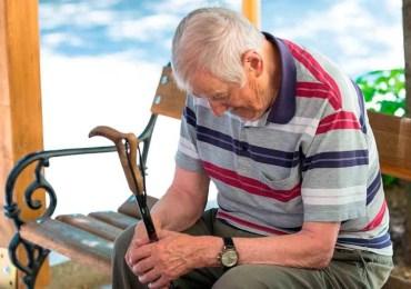 Santos incumplió promesa que hizo a los pensionados