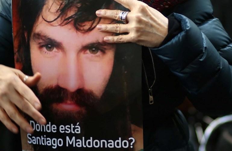 Argentinos reclaman verdad y justicia en caso de Santiago Maldonado