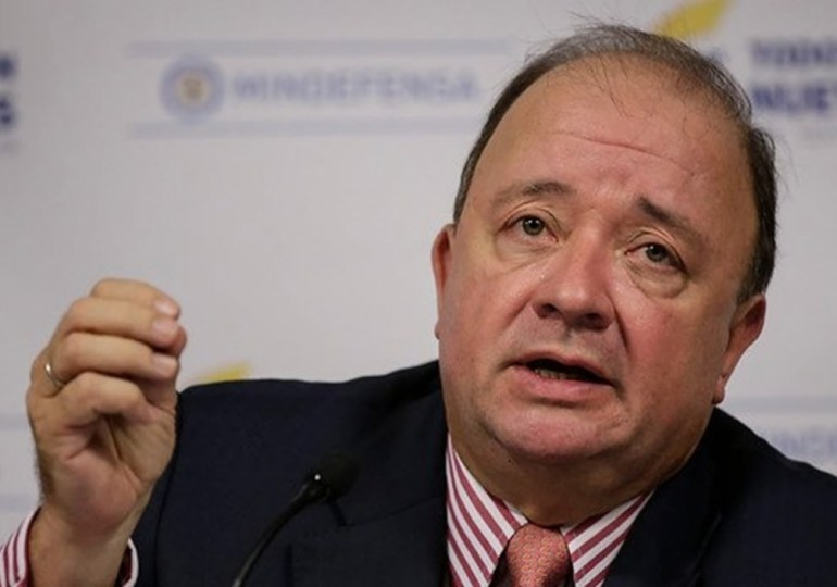 """Min Defensa está desactualizado de información"" Gustavo Gallón"