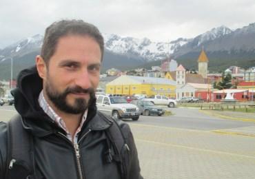El viaje de un escritor colombiano por suramérica en busca de poetas