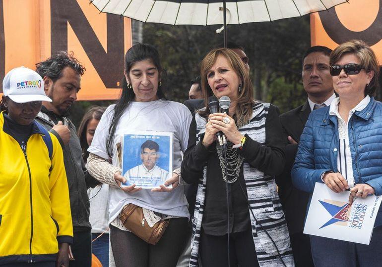 """""""Tejeremos la bancada de oposición"""" Ángela María Robledo"""