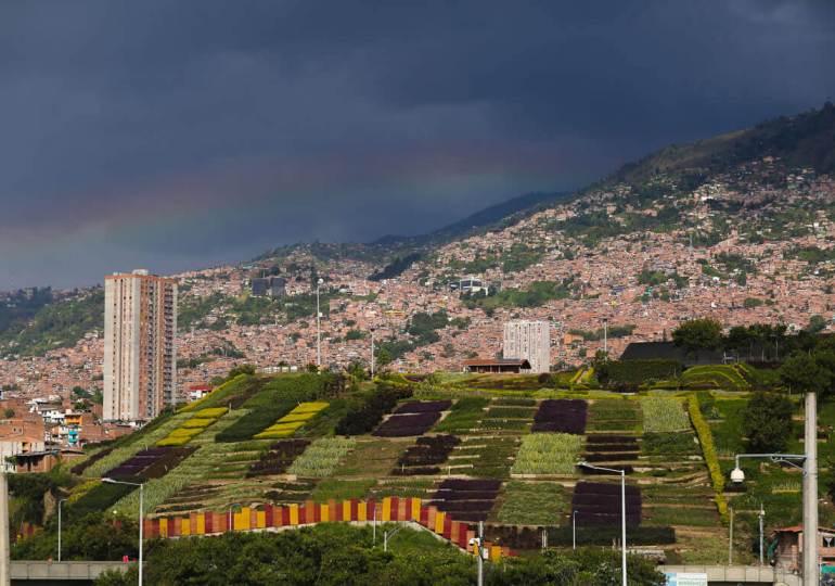Lideresa barrial es víctima de hostigamientos por la Fuerza Pública en Medellín
