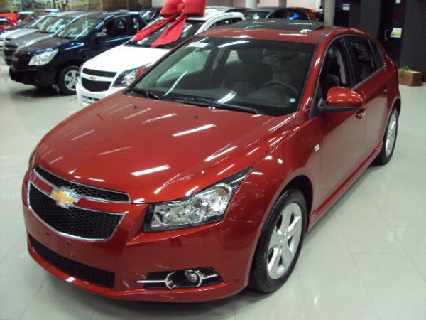 Cruze sport 6 - hatch - lançamento da Chevrolet no Brasil