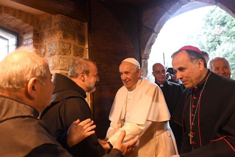 Perché un Papa decide di parlare a tutta la Chiesa da un piccolo lembo di terra, Greccio?
