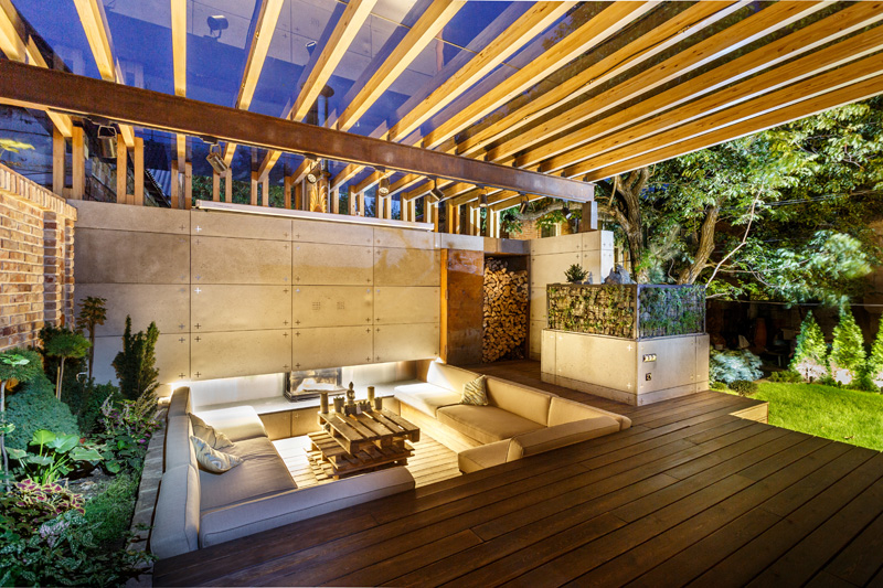 This Outdoor Lounge Area Is Like An Oasis In The City on Backyard Lounge Area Ideas id=88466