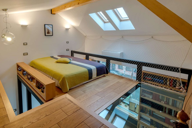 this loft bedroom is only for adventurous sleepers | contemporist