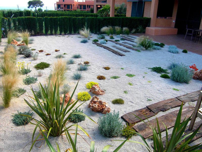 5 Benefits Of Having A Rock Garden | CONTEMPORIST on Backyard Rock  id=47041