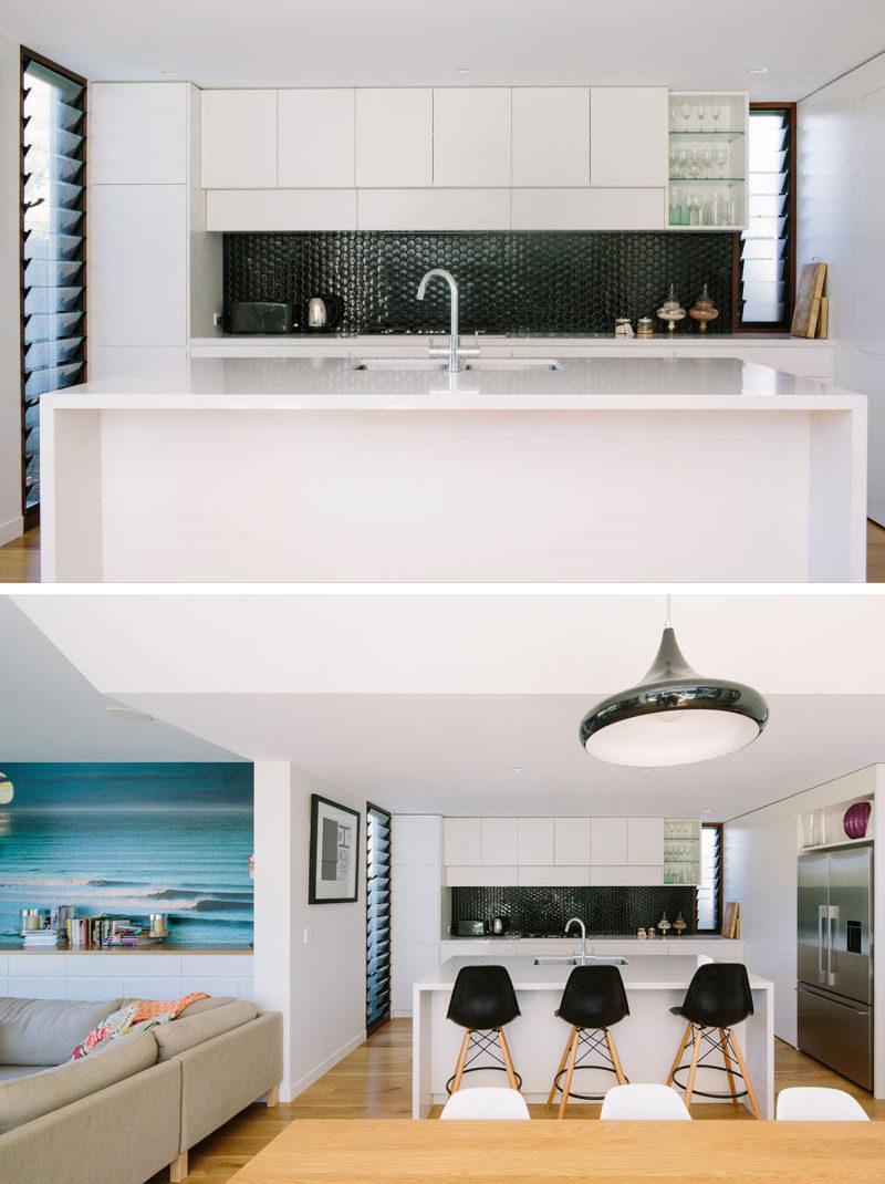 Kitchen Design Ideas - 9 Backsplash Ideas For A White Kitchen on Black Countertop Backsplash Ideas  id=86541