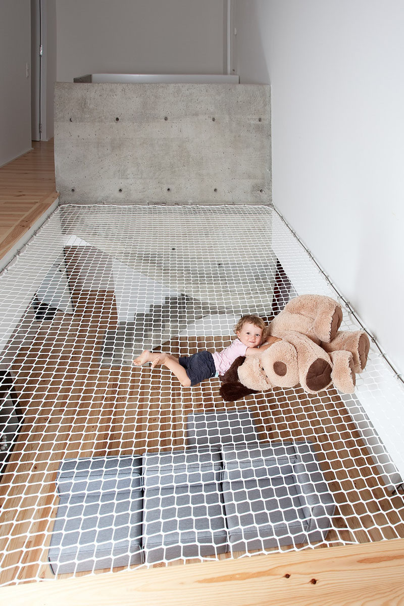 These 10 Homes And Offices Have Suspended Nets To Hang Out