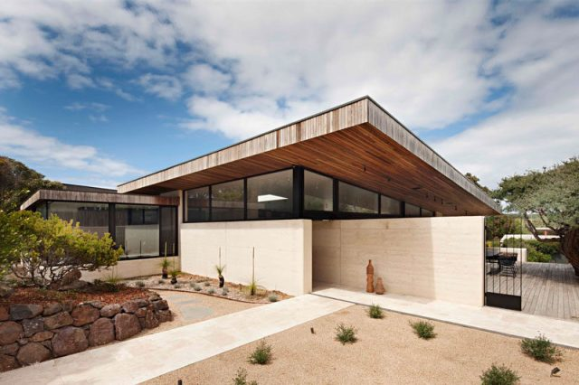 Robson Rak Architects and Interior Designers have recently completed the Layer House, a home in Victoria, Australia, built using rammed earth and timber.