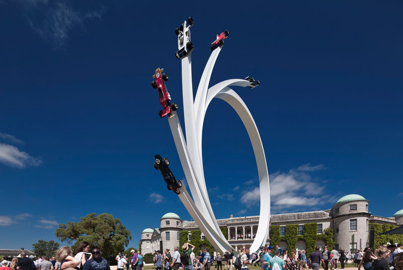 Artist Gerry Judah has created a huge sculpture with five formula one cars at the Goodwood Festival of Speed 2017.
