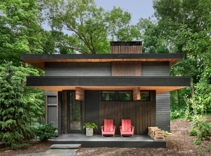 Searl Lamaster Howe Architects has recently completed a weekend retreat in Jones, Michigan, for a Chicago based couple who wanted serenity and a slower pace. #WeekendRetreat, #Architecture