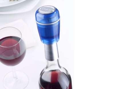 tappo-vino-sottovuoto-vacu-wine-blu-amb