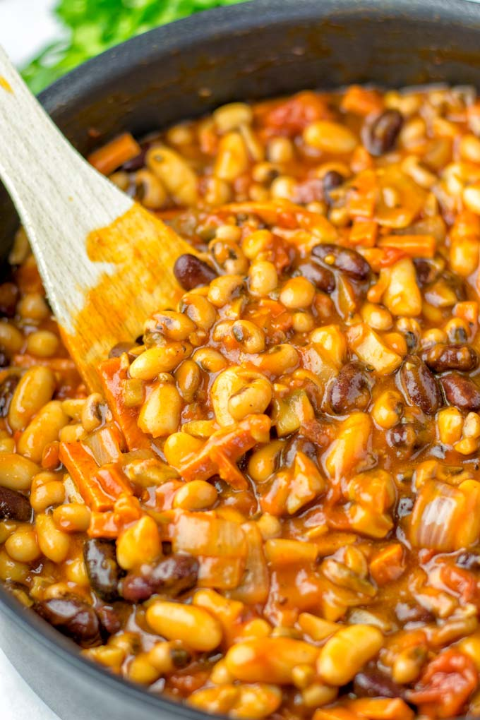 Savory and rich, you can enjoy these Cowbow beans.