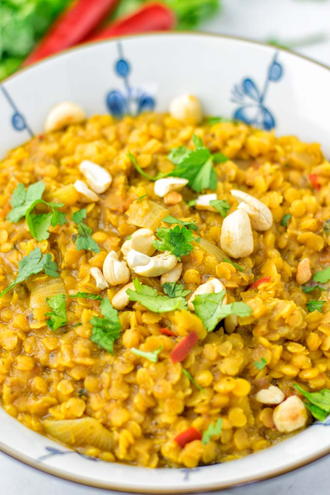 Lentil, chilis, and cashews is all that is needed for stunning flavors.