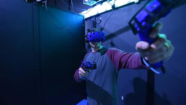 Oakland County Moms Contest – Win Escape VR Virtual Reality Arcade Tickets