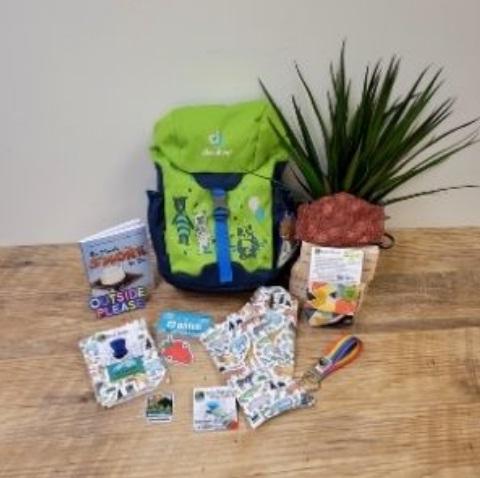 AdventureUs Package Giveaway