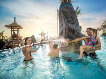 Undercover Tourist's Splashin Summer Sweepstakes - Win Prize