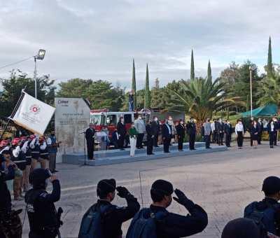 El acto cívico en conmemoración al 210 aniversario del Grito de Independencia en Celaya, se realizó en la explanada del Parque Xochipilli evento encabezado por la alcaldesa Elvira Paniagua