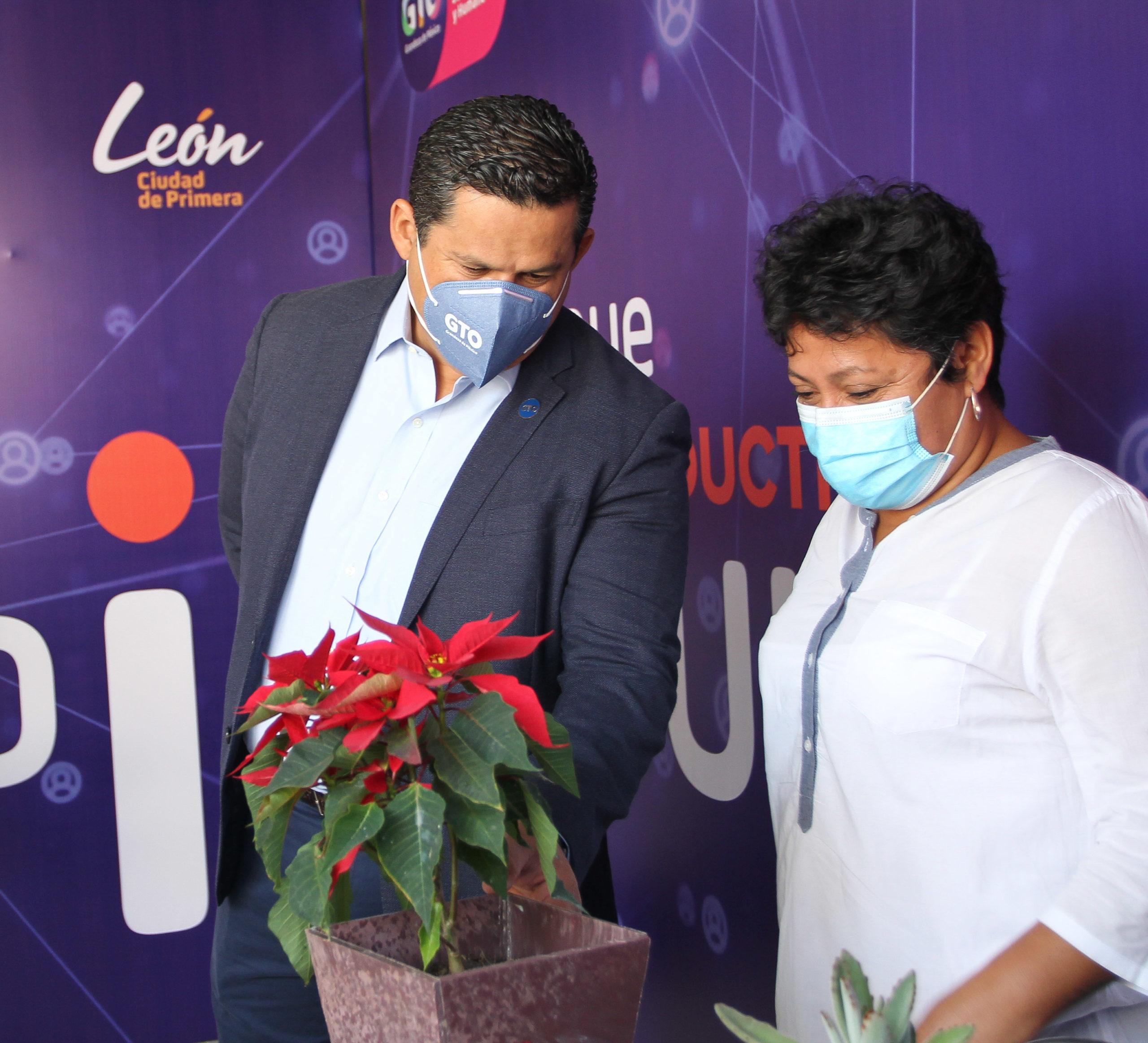 Desarrollan proyectos productivos para mejorar la vida de los Guanajuatenses
