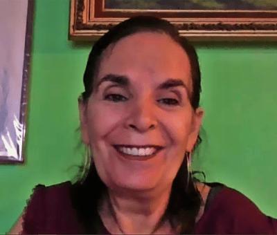Secretaría de Educación de Guanajuato reconoce labor de docente tras 33 años dedicados a la educación