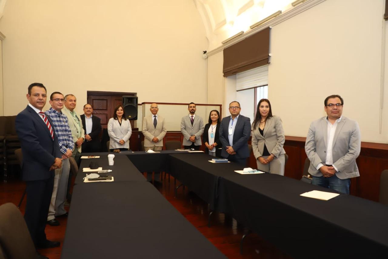 Instalan comité de transición de gobierno