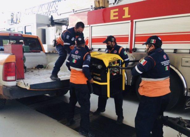 Envía la SSPEG personal y equipo de Protección Civil Estatal para atender la emergencia causada por el desbordamiento de un arroyo en el municipio de Yuriria.