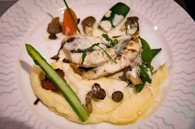 La Poule Noire, restaurant in Marseille - The St-Pierre