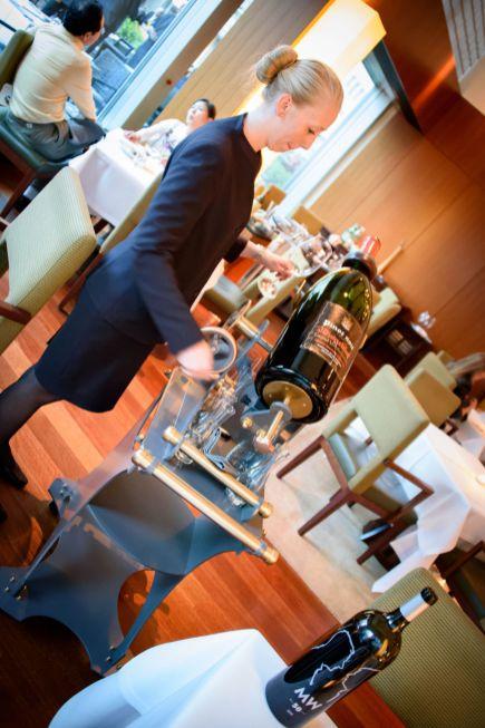 Parkhuus restaurant, Zurich: Serving from a 12-litre bottle
