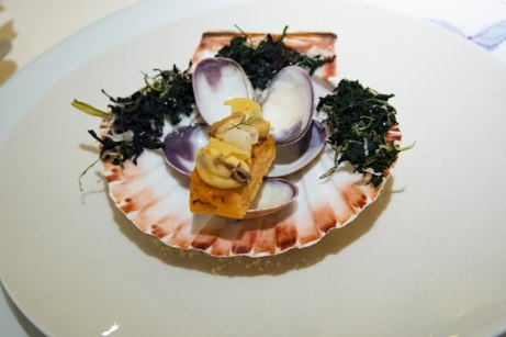 Dallmayr, Restaurant in Munich: Shell construction and canapé of mussels