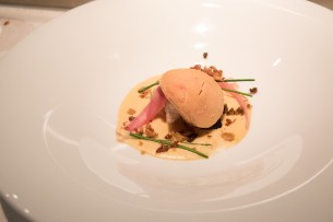 Les Labours, a very good restaurant in a Charlevoix hotel - Foie gras and sweetbreads