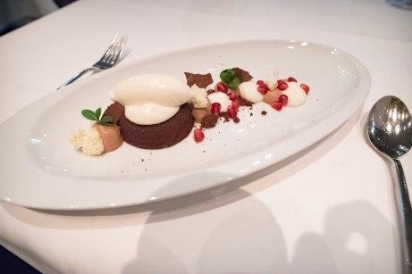 Tian, Vegetarian Restaurant in Munich - Chocolate and pear