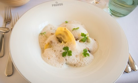 Munich Restaurants: Pageou - Duck dumplings