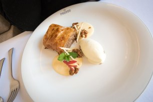 Munich Restaurants: Pageou - Apple strudel