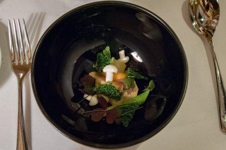 Le Restaurant de l'Hôtel, Paris – Mushroom, foie gras, borscht stock