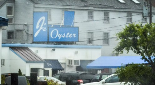 Eating in Portland, Maine: J's Oyster