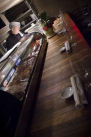 Comment manger des sushis: Le bar à sushi du restaurant Shinji à Montréal