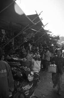 Burma Travel: Market in Mandalay