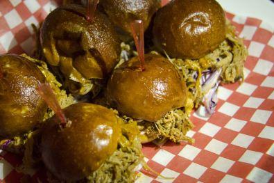 Les mini-burgers au porc effiloché