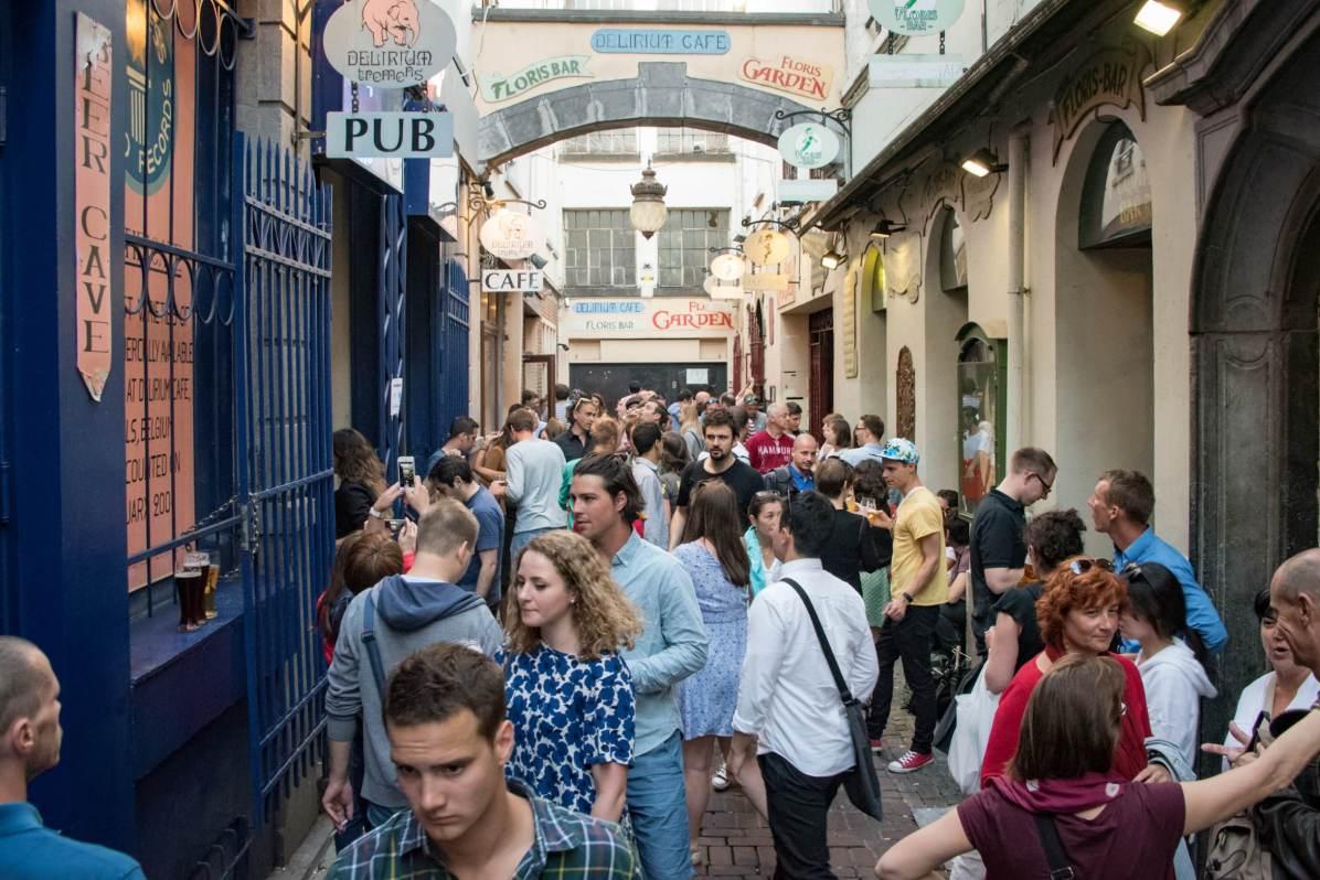 Delirium Café, a beer bar in Brussels: L'impasse de la Fidélité, during the day
