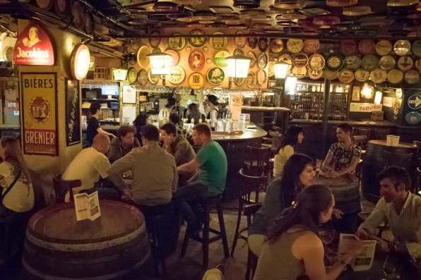 Delirium Café, a beer bar in Brussels