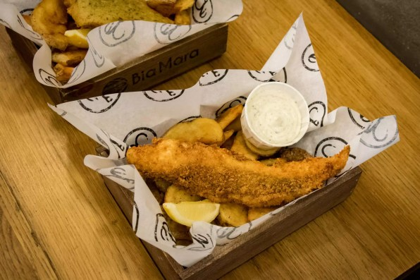 Bia Mara, Brussels - Fish & Chips