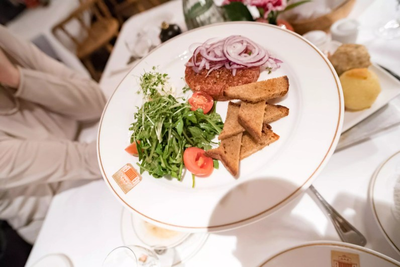 Spatenhaus, brasserie Munich: Tartare de boeuf à la bavaroise