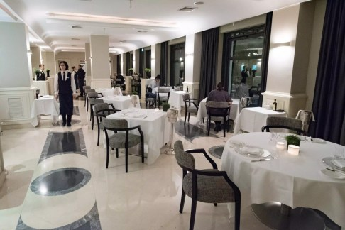 Assaje Restaurant in Rome - Inside