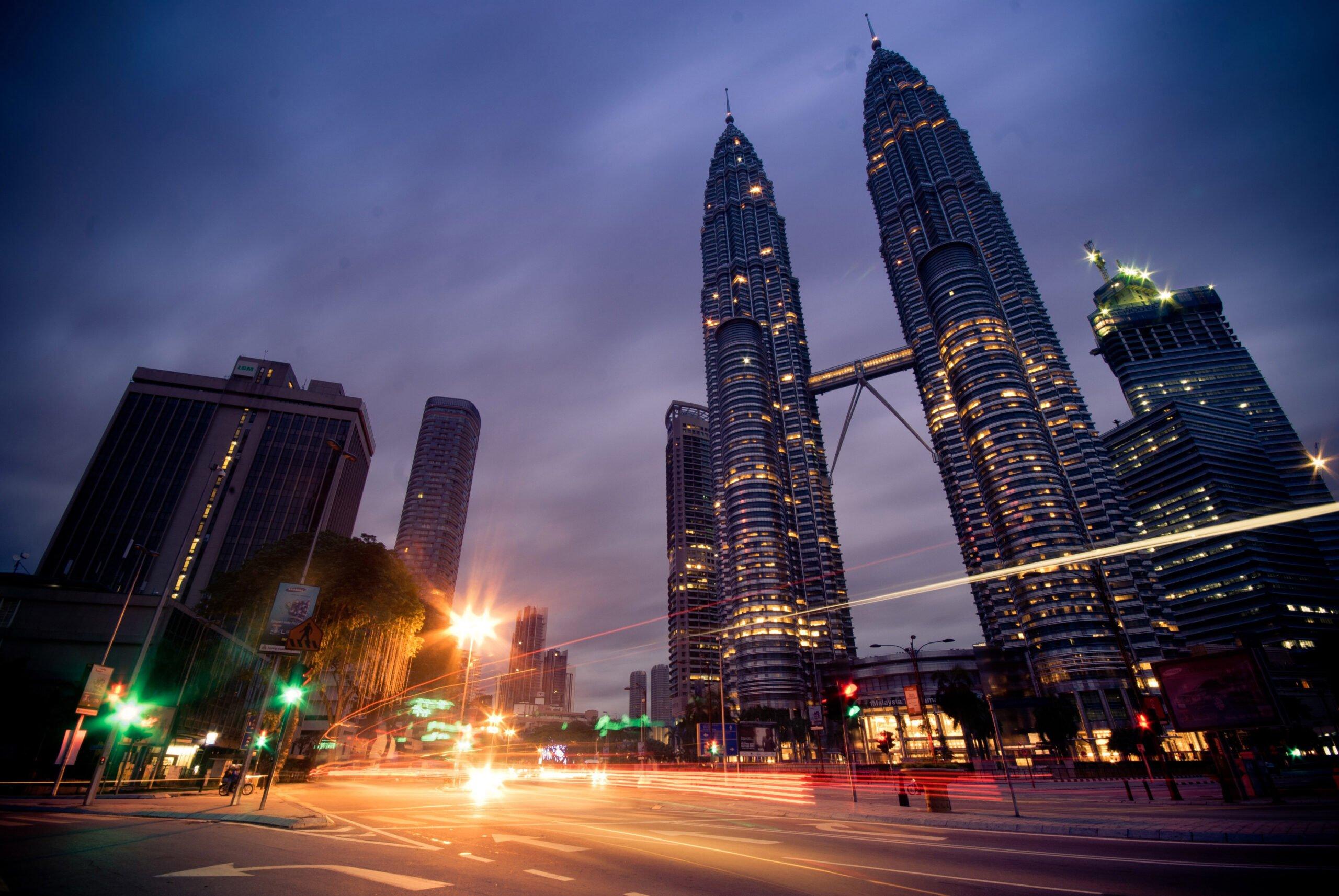 Kuala Lumpur Petronas Towers - CC0 / Public Domain - Things to do in Kuala Lumpur