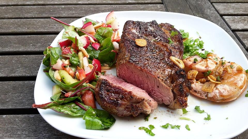 Grilled beef steak - photo by Detlefklein under CC0