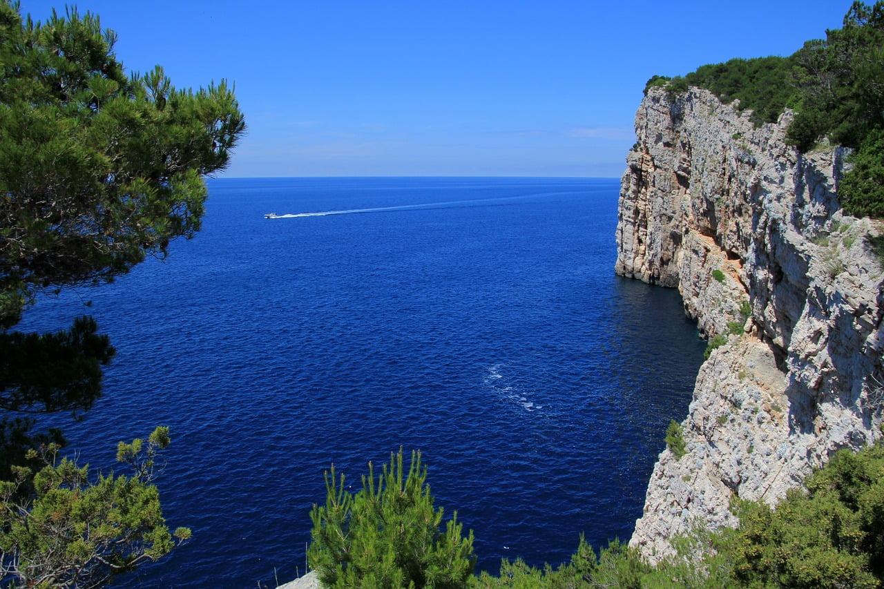 Croatian Coast - photo by Peggy und Marco Lachmann-Anke under Pixabay License