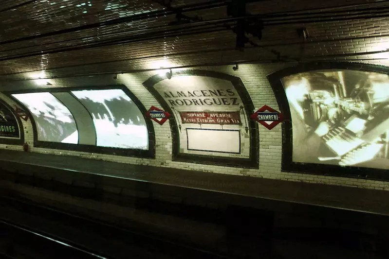 historical sites in madrid - Chamberí ghost station - photo by Daniel Dionne under CC BY-SA 2.0